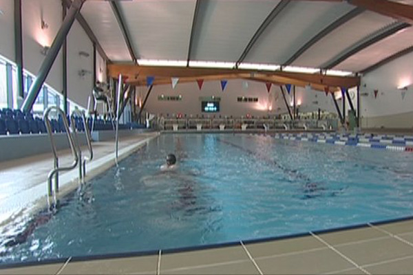 Surrey Sports Park Swimming